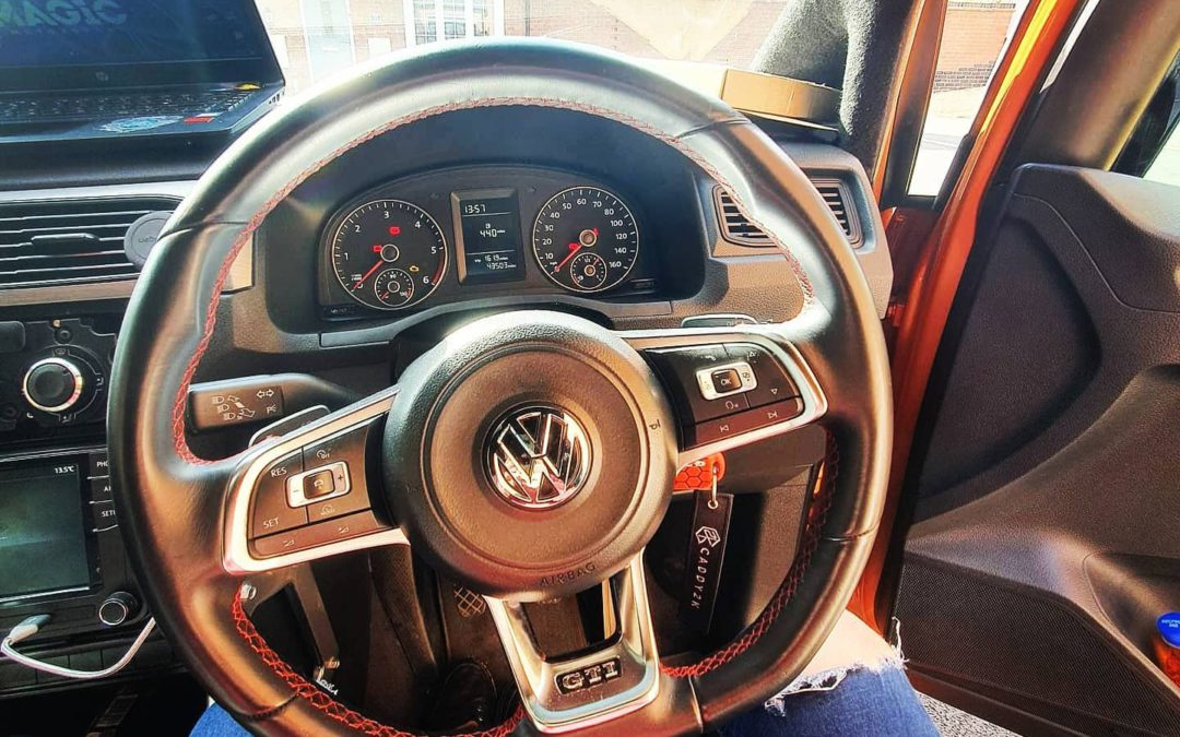 OEM Upgrade – VW Caddy with Golf Gti steering wheel